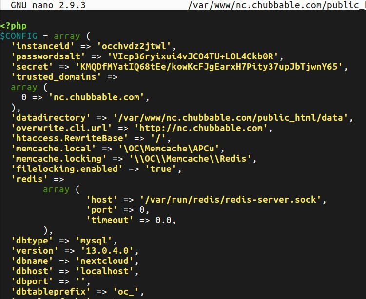 Screenshot of APCu and Redis Configuration for Nextcloud